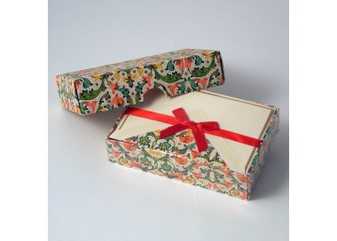 Folded Cards and Lined Envelopes Traditional - BSC 048